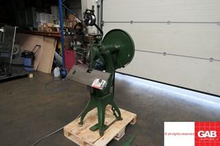 Geliot Hurner  103 Zusammentragmaschine - Sammel hefter