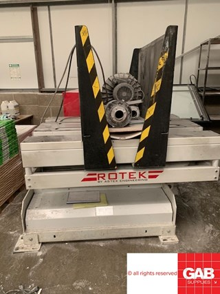 Rotek 900 P/B Pile Turner / Elevator