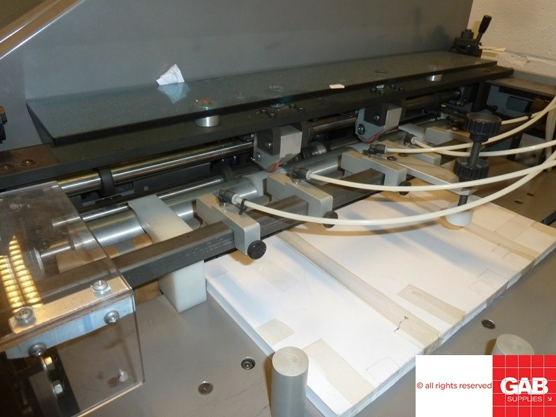 Jud MR-720 single clamp perfect binder