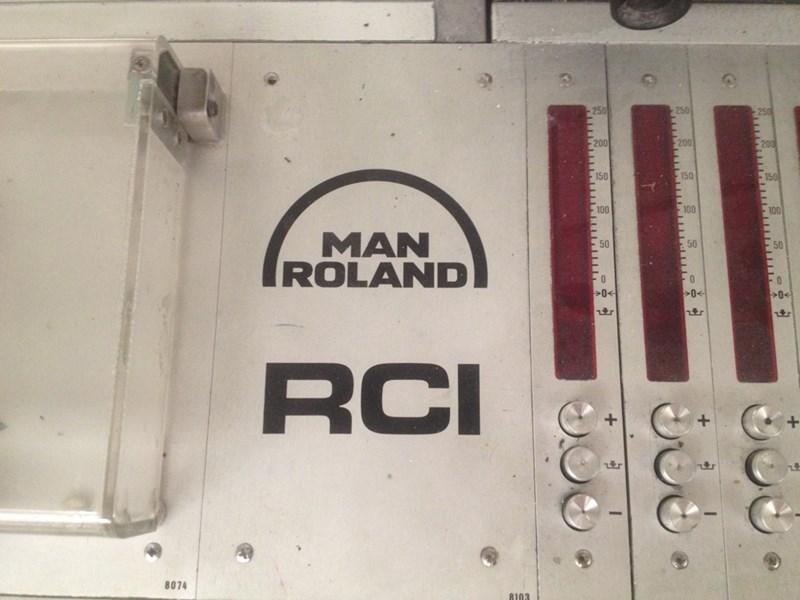 Roland 105