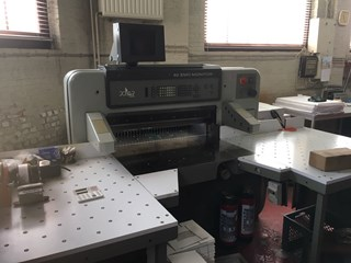 Polar 92EMC Monitor Guillotines/Cutters